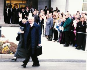 Halifax Nova Scotia Temple - Hinckley waving to the crowd after the dedication