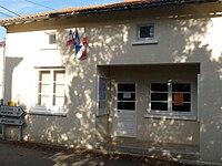 Hautefaye mairie.JPG