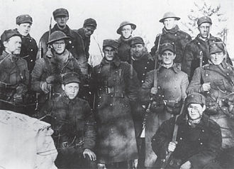 Brodie helmet - Norwegian soldiers at the Battle of Hegra Fortress in 1940, a few wearing Mark I helmets