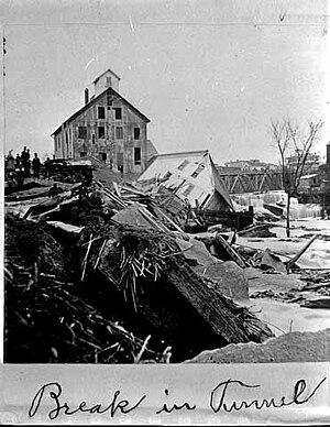 Hennepin Island tunnel - 1869 Hennepin Island tunnel collapse near St. Anthony Falls