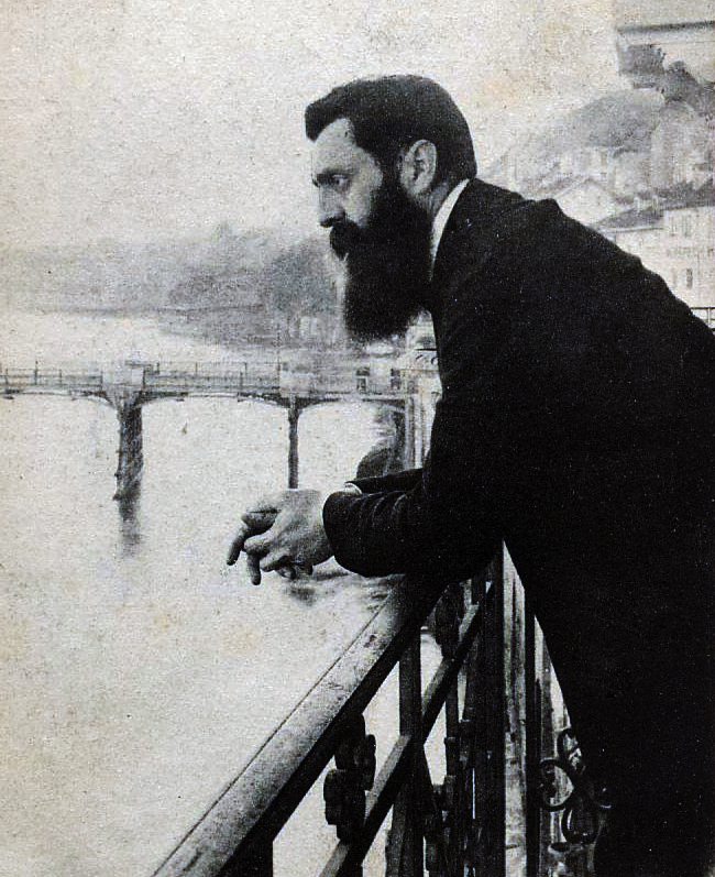 Herzl Basel 1901 retouched