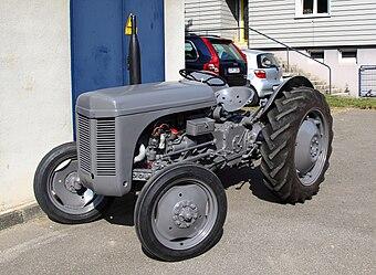 Traktorenlexikon: Massey Ferguson TE 20 – Wikibooks, Sammlung freier ...