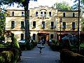 Hotel Dąbrówka i Willa Dąbrówka 02.JPG