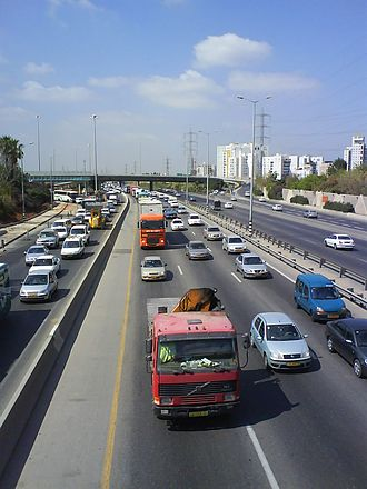 Highway 4 (Israel) - Heavy morning traffic at Bar Ilan Interchange