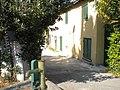 Il ghetto di Spontricciolo e la fontana - panoramio.jpg