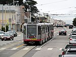 Inbound L Taraval train at 34th Avenue, June 2017.JPG