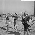 Jamboree 1963 te Marathon Griekenland Belgen met Manneke Pis van Brussel, Bestanddeelnr 915-4378.jpg
