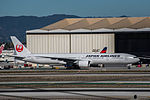 Japan Airlines Boeing 777 at LAX (22909798596).jpg