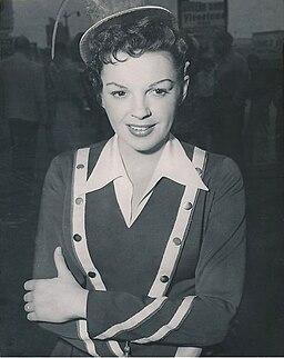 Judy Garland filming A Star Is Born