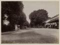 KITLV 53182 - Kassian Céphas - Kampementstraat in Jogjakarta - Around 1890.tif