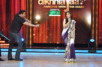 "Madhuri Dixit - Dixit performing on the song ""Didi Tera Devar Deewana"" with Salman Khan at Jhalak Dikhlaja in 2007"