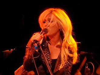 Lisa Rieffel - Lisa Rieffel singing for Killola in 2010