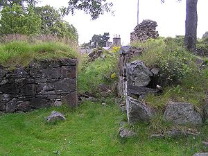 Braemar - Ruins of Kindrochit Castle