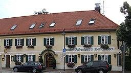 Kirchplatz in Pullach im Isartal