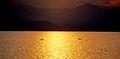 Kivu Lake. - panoramio.jpg
