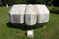 Klagenfurt Europapark Polygonaler Koerper Leo Kornbrust 14082008 55.jpg