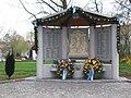 Kriegerdenkmal neu.jpg
