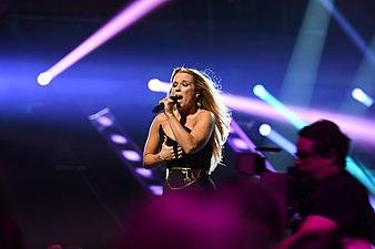 Krista Siegfrids 04 @ Melodifestivalen 2017 - Jonatan Svensson Glad.jpg