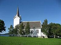 Kvernes kirke fra syd.jpg