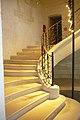 L'escalier d'honneur du prieuré Saint-Lazare.jpg
