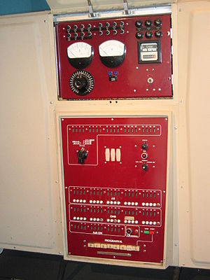 Datasaab D2 - Front panel