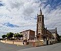 La mairie et l'église Saint-Martin de Courtonne-les-Deux-Églises.jpg