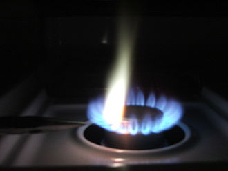 Wet chemistry - When burned, lead produces a bright white flame.
