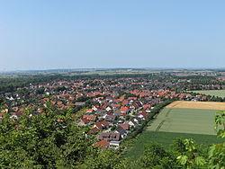 Lengede Seilbahnberg Blick.JPG