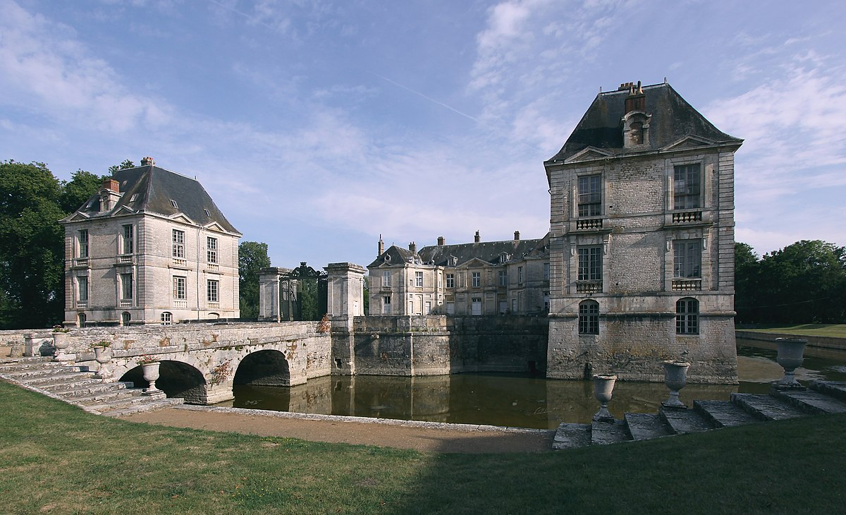 Chateau A Vendre A Restaurer Agence Immobiliere Trovit