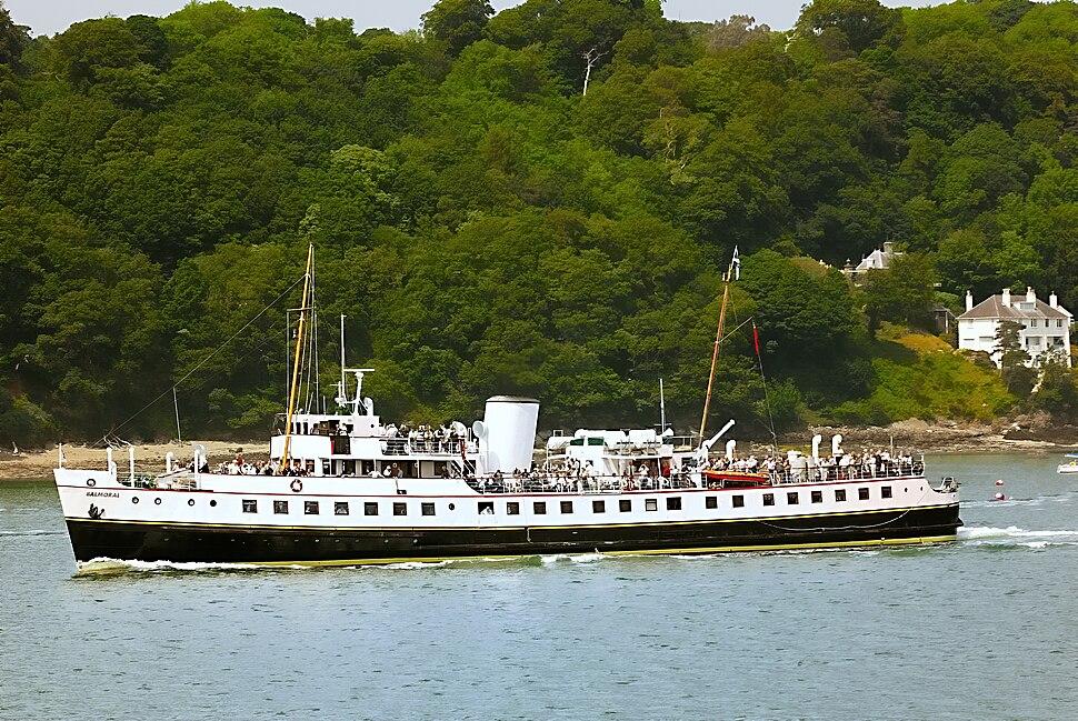 MV Balmoral at Menai 1