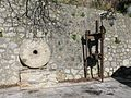Macina e Torchio oleario a vite (Millstone and Olive oil press) - Gallicianò - Condofuri (Reggio Calabria) - Italy - 17 Jan. 2015.jpg