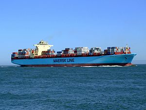 Maersk Sofia p07 approaching Port of Rotterdam, Holland 04-Aug-2007.jpg