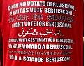 """Maglietta con scritta """"Io non ho votato Berlusconi..."""" in varie lingue.jpg"""