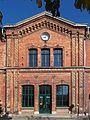 Malchin Bahnhofsportal.jpg