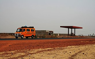 Transport in Mali - A highway heading south from Bamako, Mali.
