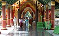 Mandalay-Kuthodaw-40-Zugangshalle-gje.jpg