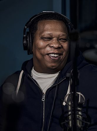 Mannie Fresh - Image: Mannie Fresh interview on The Come Up Show (34808848805) (cropped)