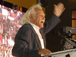 Manolis Glezos 2007-2.jpg
