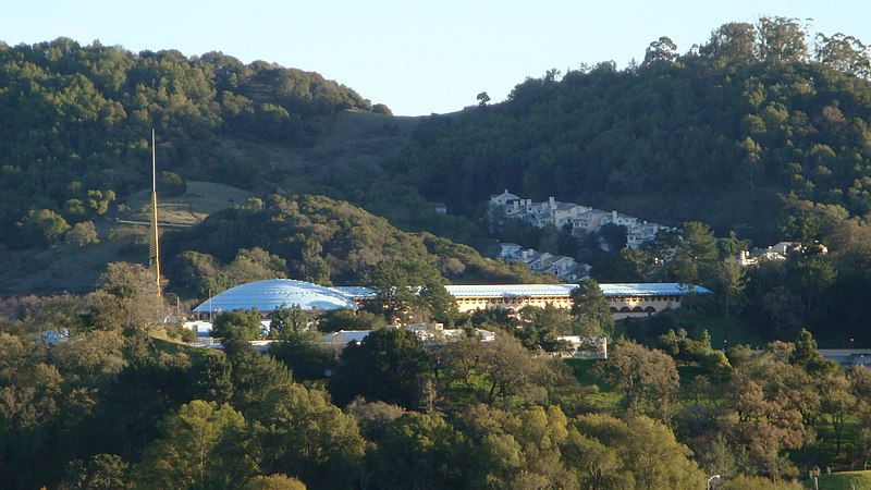 File:Marin Civic Center.jpg