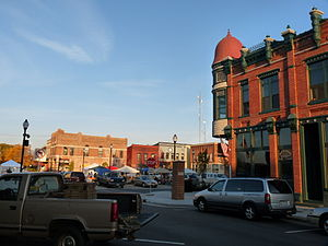 Stevens Point, Wisconsin - The town square hosts a farmers' market Monday evenings and Saturday mornings.