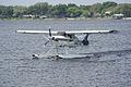Maule M-7-260C N4274K Landing 04 SNFSI FOF 15April2010 (14443722909).jpg