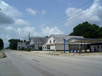 U.S. Route 441 in Florida - US 441 in McIntosh, looking south