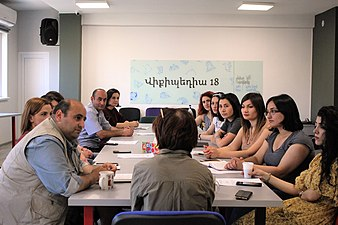 Meeting with Wikimedia Armenia WikiClubs' coordinators, June 2019 01.jpg