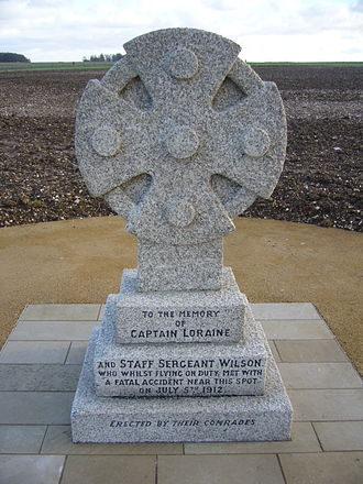 Larkhill -  Memorial to Capt Loraine and Staff-Sgt Wilson, killed 1912, outside the Stonehenge Visitors' Centre (December 2013)