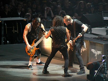 Metallica performing during its World Magnetic Tour in 2009 Metallica3425.jpg