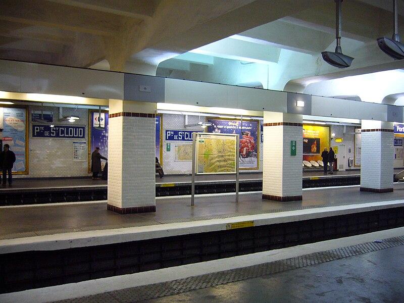 File:Metro Paris - Ligne 9 - Porte de Saint Cloud.jpg
