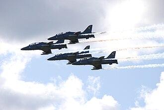 Midnight Hawks - Midnight Hawks (four BAE Hawk jet trainer aircraft) at Helsinki International Airshow 2009