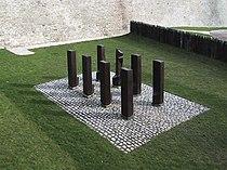 Monument deserter Erfurt-above.jpg