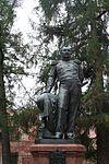 Monument to Bellingshausen in Kronshtadt 2.jpg