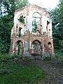 Morysin - zespół pałacowo-parkowy - ruiny pałacyku.jpg